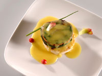 Bass fillet roll with saffron sauce